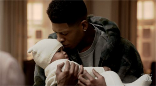 Hakeem gets to hold Bella for a price