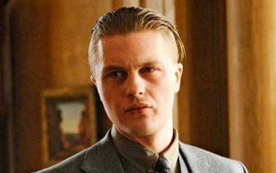 [Image: BE-Jimmy-Darmody.jpg]
