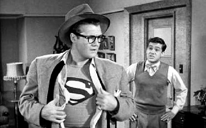 http://fikklefame.com/wp-content/uploads/2012/06/who-disguised-as-Clark-Kent.jpg