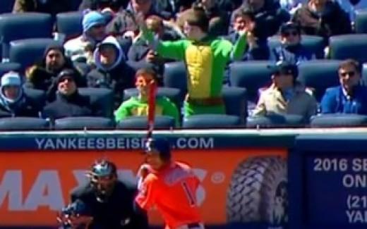 Ninja Turtles at the Yankees v. Astros game