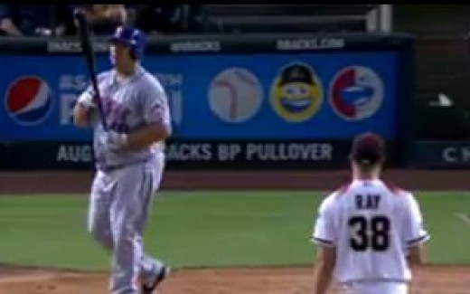 Bartolo Colon walk