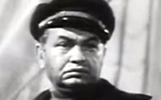 Edward G. Robinson as Wolf Larsen